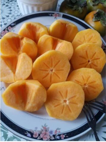 Hồng giòn Fuju mộc Châu - 2kg