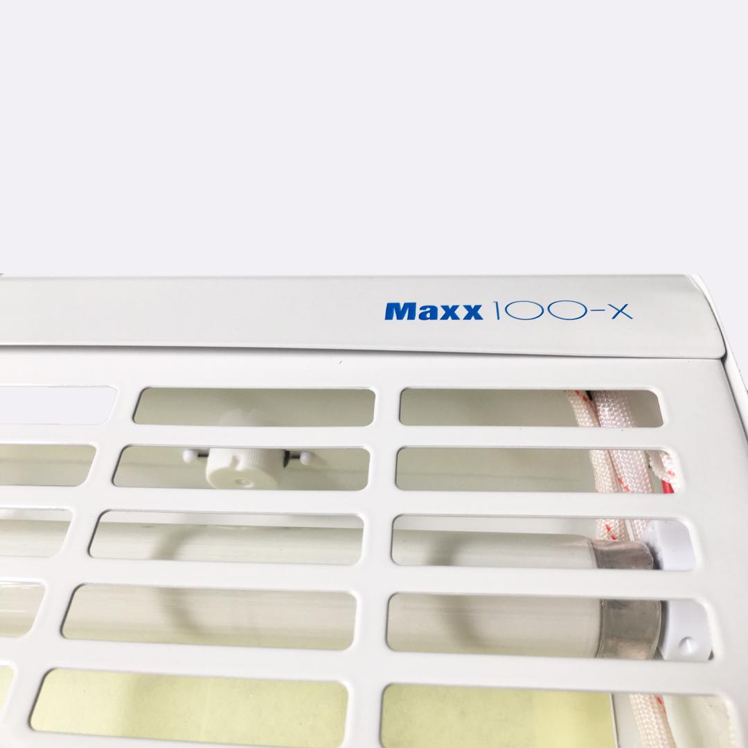 Đèn Maxx 100x bẫy côn trùng , diệt côn trùng