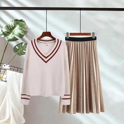 Set Áo len với chân váy