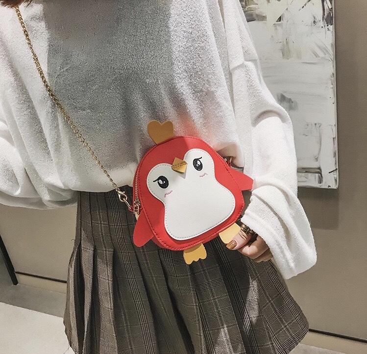 Túi đeo chéo hình thú - mẫu chim cánh cụt xinh yêu cho bé gái