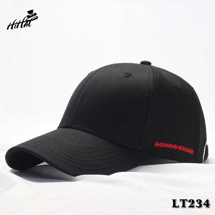 Mũ lưỡi trai đen trơn thêu chữ trắng bên hông độc lạ LT234dd