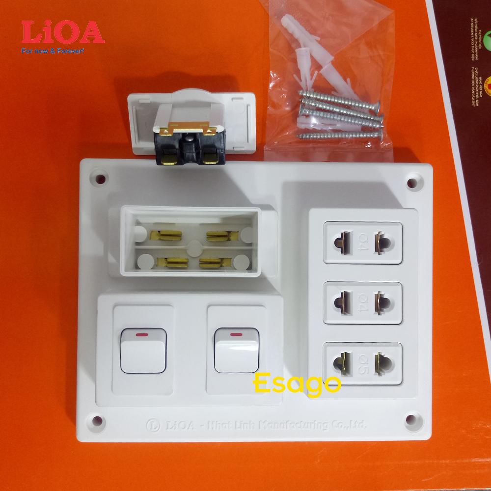 Bảng điện nổi LiOA 15A có 3 ổ cắm 2 công tắc B-CB15A2C