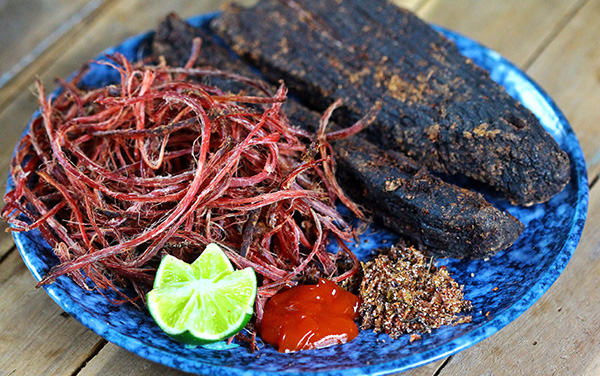 Thịt Trâu Khô Gác Bếp Sơn La [1kg]