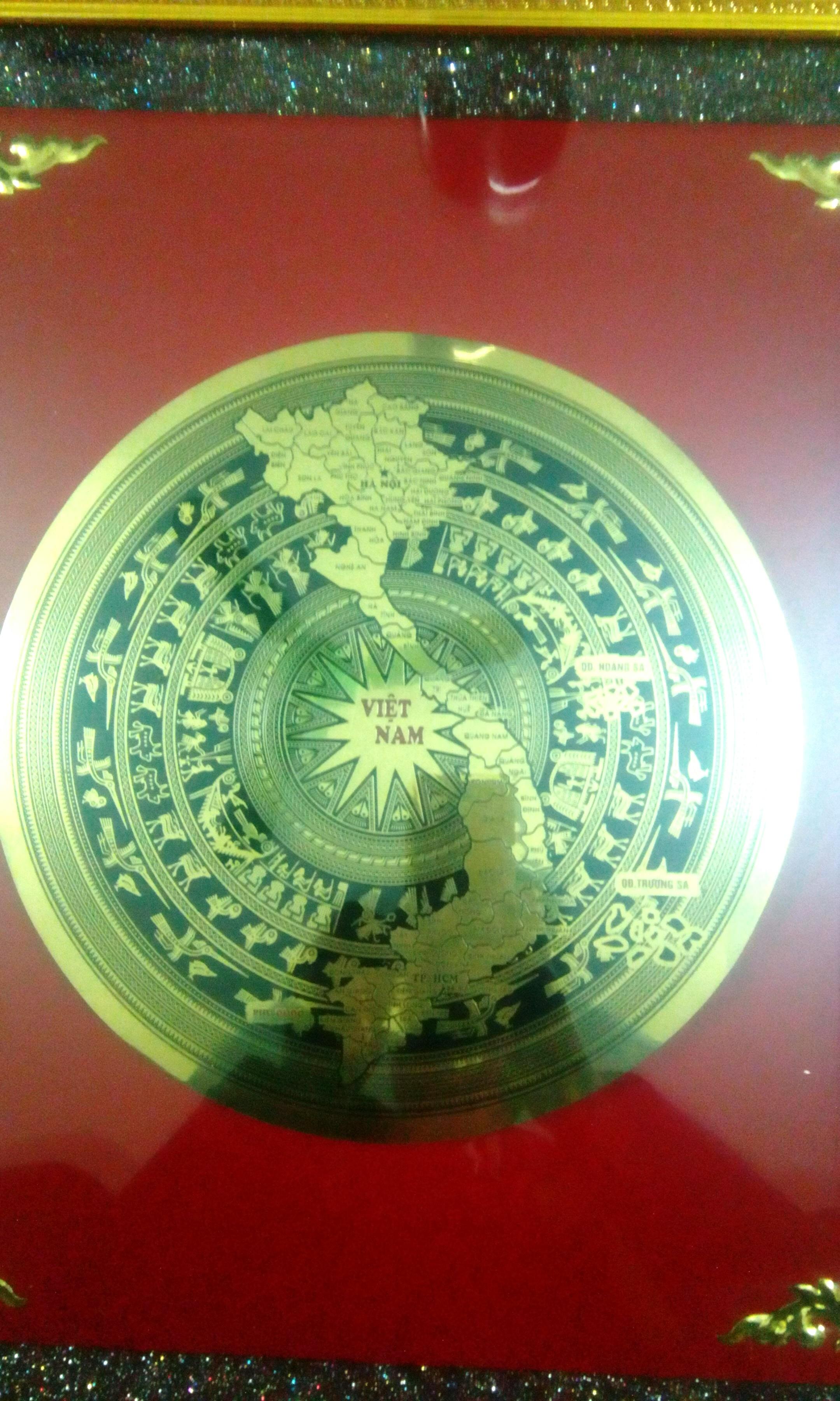 Tranh trống đồng kt 60x60cm
