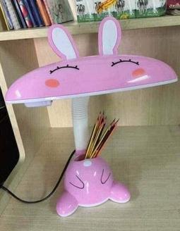 Đèn học hình thỏ