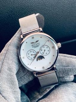 Đồng hồ Okami