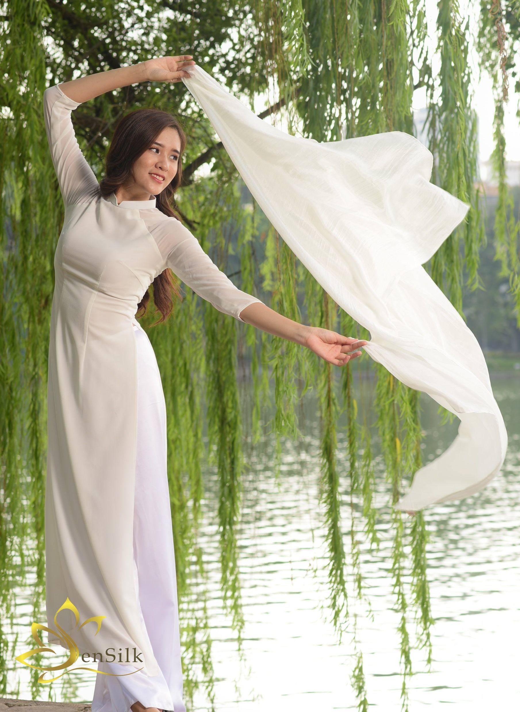 Khăn Lụa Tơ Tằm SenSilk Trắng Tinh Khôi 100% Handmade Silk