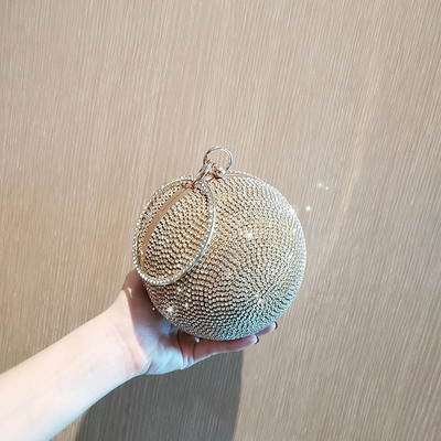 Clutch đá hình cầu có vòng tròn đeo tay TV090
