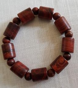 Vòng đeo tay gỗ sưa dây đốt trúc 14li