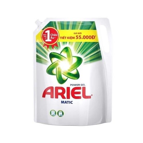 Nước giặt Ariel Đậm Đặc dạng túi 2.4kg