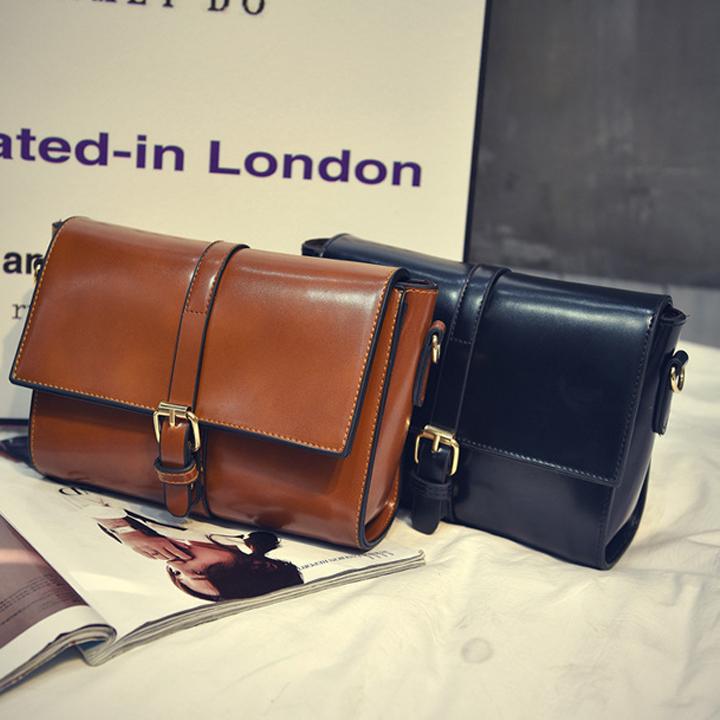 Túi đeo chéo khóa sườn hai bên sang chảnh - TC36