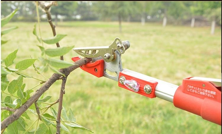 kéo hái trái, cắt tỉa cành cây trên cao thu gọn 1,7m kéo dài 3m