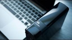 Ổ cứng gắn ngoài WD easystore® 8TB
