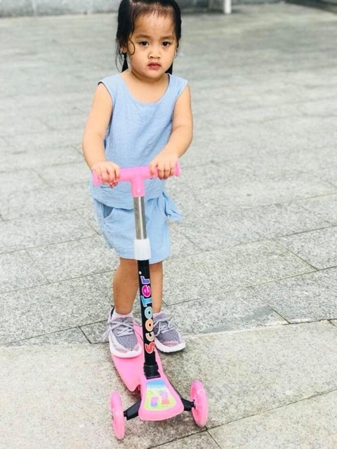 Xe trượt scooter trẻ em 3 bánh phát sáng cao cấp HAPPY KID