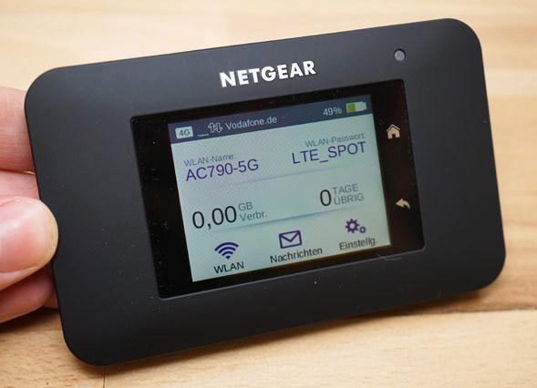 Modem Wifi 3G/4G LTE Advanced Netgear AirCard 790S tốc độ 300Mbps, Pin 10 tiếng. Hàng đẳng cấp, Siêu VIP (Hàng Mỹ)