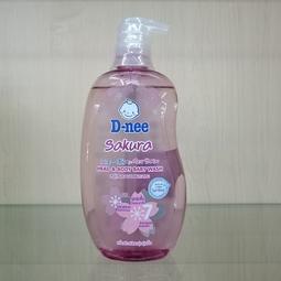 Sữa tắm gội toàn thân cho bé Dnee Sakura 380ml xuất xứ Thái Lan