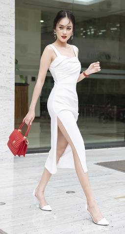 Đầm Hai Dây Trắng, Xẻ Đùi Ôm Dáng Sexy - Size M